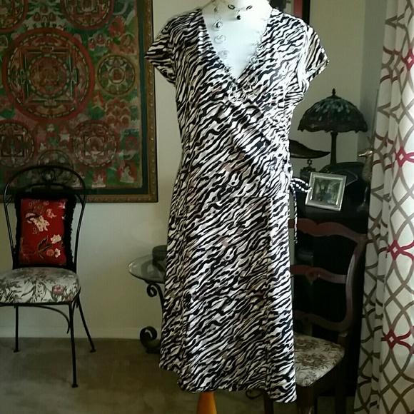 Merona Dresses & Skirts - Merona XL animal print dress